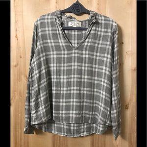 NWOT Long Sleeve Cloth & Stone Plaid V-neck Shirt